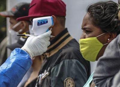 """Venezuela """"radicaliza"""" restricciones en varios estados"""