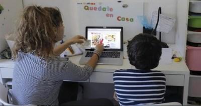 """Clases virtuales: """"La entrega de los docentes no es suficiente para la enseñanza y el aprendizaje"""""""