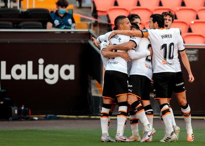 Valencia se recupera y sigue soñando con puestos de Europa League