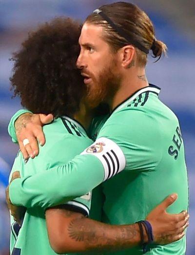 Real Madrid sufre para continuar líder