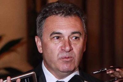 Sindicalistas piden destitución de presidente de la ANDE
