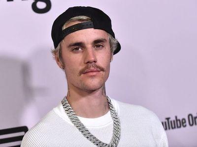 Bieber recurrre a Twitter para negar acusación de agresión sexual