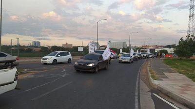 Caravana contra la corrupción en la Costanera de Asunción