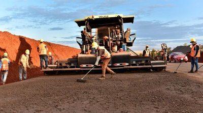 Obras públicas son un gran motor para la economía, resalta ministra