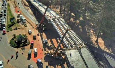 HOY / Corredor Vial cuenta con su primer puente listo y se erige el segundo