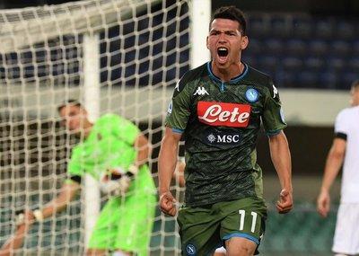Napoli sigue de festejos y vence al Hellas Verona de visitante