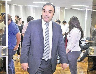 Fijan audiencia preliminar para ex fiscal general Díaz Verón