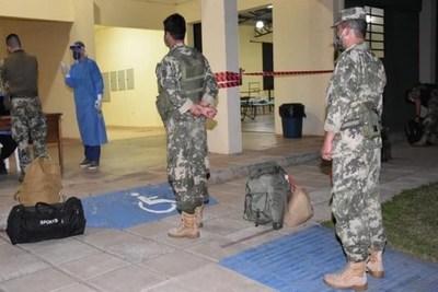 """Militares dieron positivo al COVID-19 en Ayolas: Salían a """"farrear"""" y hacer actividades particulares"""