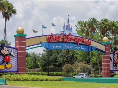Disney reabre hoteles como adelanto a sus parques temáticos