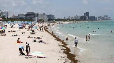 Florida marca récord de contagios mientras piden al gobernador disculparse con los hispanos