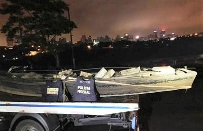 Cae otra CANOA con droga que salió de un puerto clandestino en el barrio SAN RAFAEL en CDE