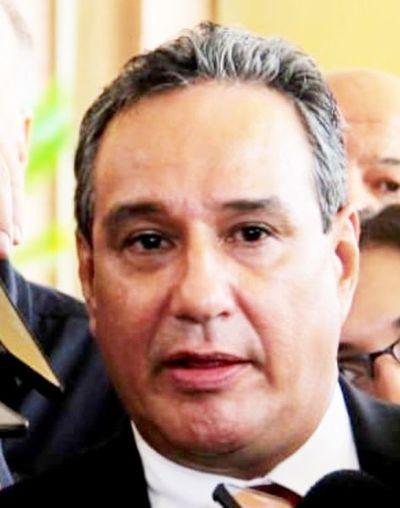Urgen al contralor auditar la gestión de Hugo Javier
