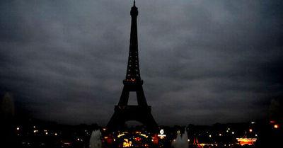 La Torre Eiffel reabre tras permanecer tres meses cerrada por la pandemia