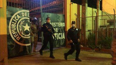 Ministerio de Justicia trata de hacer malabares para manejar brote de COVID-19 en cárcel del Este