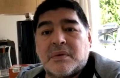 Médico de Maradona: 'Por momentos tiene excesos de alcohol'