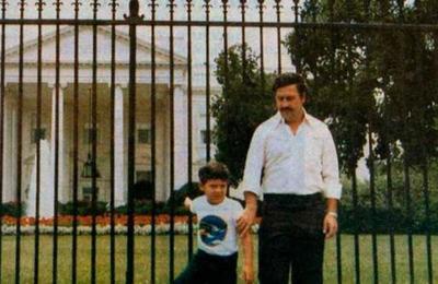 La historia de la foto que Pablo Escobar se sacó en la Casa Blanca