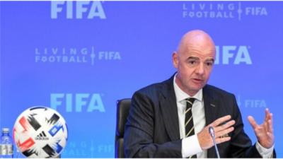 FIFA presenta cambios y anuncia mundial femenino