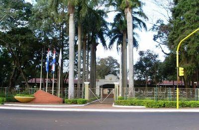 Municipalidad de Ciudad del Este suspende actividades por aumento de casos positivos del Covid-19