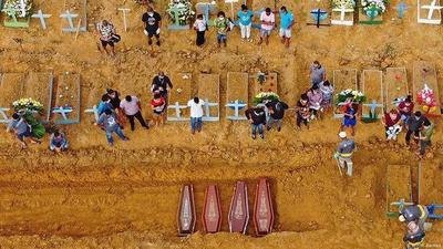 Brasil: 56.000 muertes por COVID-19 a cuatro meses del primer caso