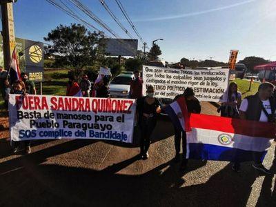Se manifiestan contra los corruptos en Ciudad del Este