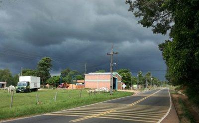 Anuncian lluvias dispersas y aumento de la nubosidad