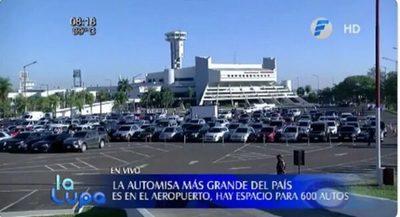 Celebran automisa en el estacionamiento del aeropuerto Silvio Pettirossi