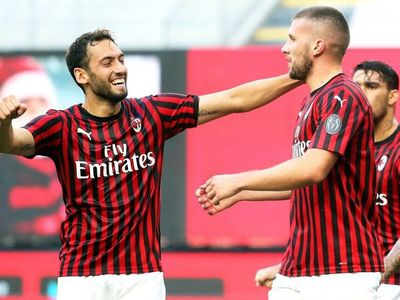 Rebic acerca al Milan a la Europa League y aleja al Roma de laChampions