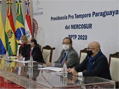 Paraguay entregará presidencia del Mercosur a Uruguay por videoconferencia