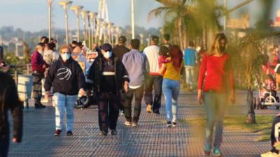 Aglomeración en la Costanera y Areguá: gente sin tapabocas y sin respetar distanciamiento social