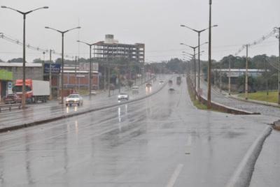 Lunes fresco y con lluvias, anuncia Meteorología