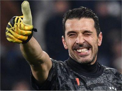Buffon y Chiellini renuevan por una temporada más con la Juventus