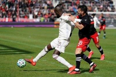 Veinte futbolistas de la MLS dan positivo al COVID a una semana de la reanudación