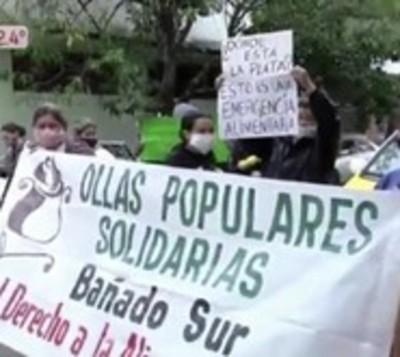 Ollas populares vacías, vecinos protestan ante falta de alimentos