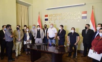 HOY / Proyecto de servicio civil: piden prórroga de 8 días para iniciar mesa técnica