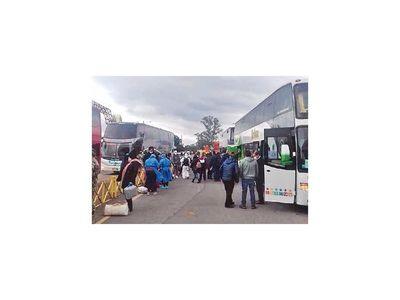 Otras 55 personas llegaron ayer repatriadas de Chile