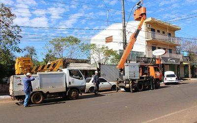 Reparan alumbrados públicos en Franco