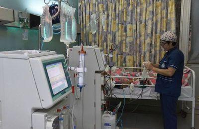 Pacientes renales reclaman insumos y medicamentos
