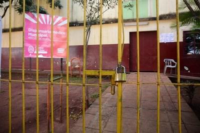 Ciudad del Este: dos dispensarios municipales cierran porque funcionario dio positivo a COVID