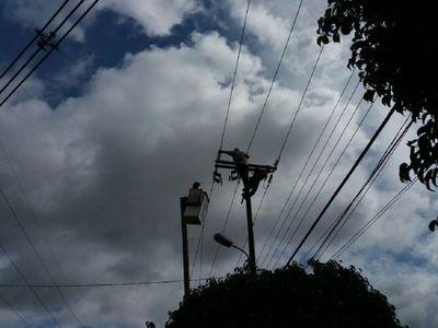 Familias de Asunción y Central quedan sin luz tras fuertes vientos