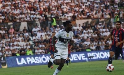HOY / Olimpia rescindirá con Emmanuel Adebayor