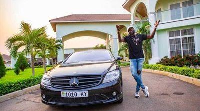 Olimpia y Adebayor encaminan rescisión de contrato