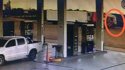 Dos detenidos por transportar carga de cocaína en camión frigoríficopor transportar carga de cocaína en camión frigorífico – Prensa 5