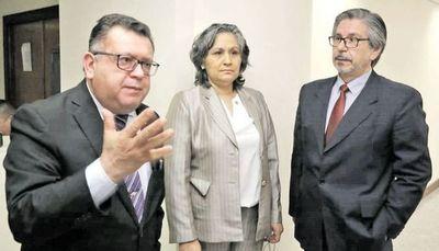 JEM destituye a jueces que liberaron a policía que abusó de su hijastra