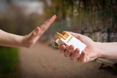 Para el CEO de Philip Morris, el cigarrillo comenzará a desaparecer en una década