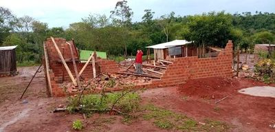 Entrega de chapas a afectados por temporal se hará este miércoles