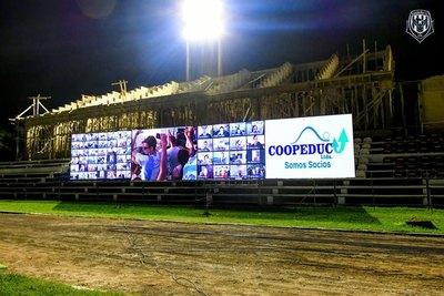 Guaireña instala en su estadio pantallas leds y sonido ambiente