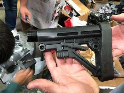 Descubren carga de accesorios para armas en aeropuerto Silvio Pettirossi