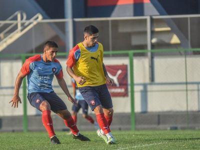 Raúl Zapag pega fuerte al agente de Sergio Díaz