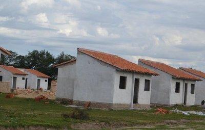 BNF: créditos para vivienda no salen por los precios inflados del mercado inmobiliario · Radio Monumental 1080 AM