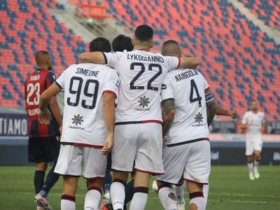 El cuarto gol consecutivo de Simeone rescata al Cagliari en Bolonia